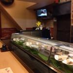 新寿司 - カウンター席