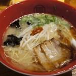 麺屋台 我馬 - 赤うまラーメン 780円=14年9月