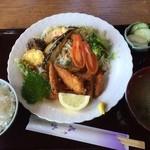 サン・レイク - わかさぎフライ定食・1380円