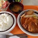 花春 - 料理写真:グリルチキン定食