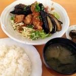 グラスファーム - 料理写真:日替りランチ(鶏と茄子の唐揚げおろしポン酢)