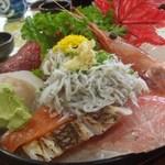 船頭料理 天心丸 - 海鮮丼(\1500)