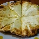 マナシ - チーズナン