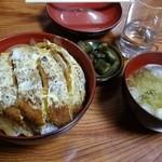 みかさ - 料理写真:カツ丼(700円)