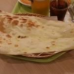 インドカレーレストラン マサラ - ナン