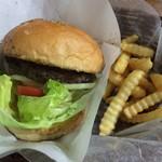 フリスコ - ハンバーガー、ポテト、ドリンクセット1,350円