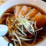 麺屋 八 - 正油チャーシュメン