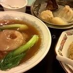 Nankinchouyuukouhanten - ふかひれ煮込み麺セット