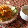 ガンジス川 - 料理写真:セットのサラダとスープ。