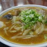 大新 - 料理写真:みそラーメン(ピリ辛)