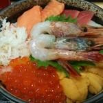 31293452 - 海の幸7種盛丼 1880円