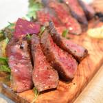 お好きな肉をお好みの量で!牛グリルステーキ