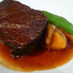 ホフ - hofe 牛頬肉の白ワイン煮込み