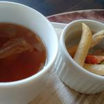 31303111 - オムライスセットのペンネサラダ、スープ