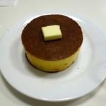 雪ノ下 - パンケーキ・発酵バター蜜柑蜂蜜を添えて(700円)