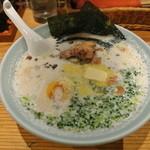 桃庵 - 料理写真:下呂牛乳ラーメン-880円 (2014.10)