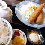 麦とろ - エビフライ定食770円