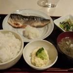 和食 まつむら - サバ塩焼き定食(ご飯大盛)