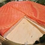 魚づ鱒寿し店 - ご飯の甘味と鱒の脂が・・