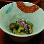 奈良屋旅館 - (夕食)【先附五種】菊菜おひたし