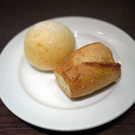 Bistro&BeerCafe CANCALE - パン2種~☆