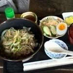 古民芸茶房 連 - 料理写真:牛飯900円