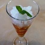 レストラン ワタナベ - 口直しのシャーベット