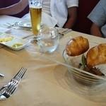 レストラン ワタナベ - 自家製パン