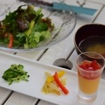 アット イーズ - 料理写真:ランチの前菜