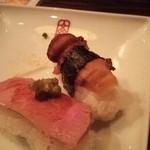 31334669 - 松茸寿司と牛刺しの寿司