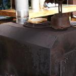 上三依きすげの郷 - 手作りの薪ストーブ
