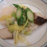 3134414 - 季節野菜と帆立貝の強火炒め XO醤添え