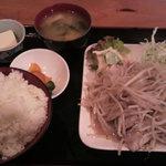 スーパーキッチン かさや - 塩ダレ豚バラもやし炒め定食 【899円】