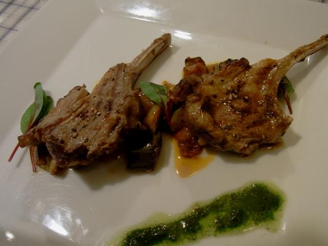 ビストロ パラディ - 仔羊背肉のグリルとラタトゥイュ バジリコソース