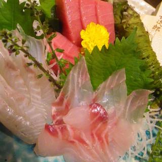 静岡県沼津港から届く、とびきり新鮮なお魚のお刺身