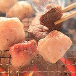 焼肉・塩ホルモン 三ちゃん - おすすめ焼き盛!炭火焼き