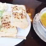 カフェ・グレ - クロックムッシュとスープ (Cセット)