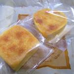 三徳堂 - パイナップルケーキ