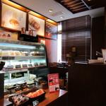 上島珈琲店  - ド●ールに似た感じが