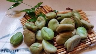 江戸屋 - 茹でそら豆。