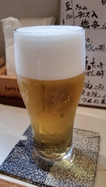 江戸屋 - 生ビール(中)。