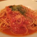 ラディーチェ - トマトとバジリコのスパゲティ 800円