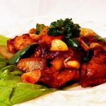 ニューガネーシャ - 中国とも国境が近いネパールでは、中華料理の影響も受けています。ネパール流・鶏のチリソース炒め!