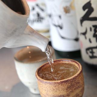 焼酎、日本酒、ワイン、カクテル・・・豊富な200種!