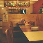海老 蟹 魚卵 ときどき鶏 洋風酒場ノンバル - 店内