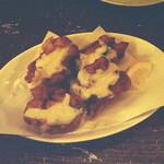 海老 蟹 魚卵 ときどき鶏 洋風酒場ノンバル - 鶏とモッツァレアチーズのから揚げ