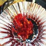マッちゃん - セルフで取り放題のコショウ。                             柚子胡椒なのかなー。                             隠し味なのか、どことなく甘味と旨みがあり美味しいです。