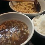 ラーメン純風殿 - 豚骨魚介つけ麺とライス