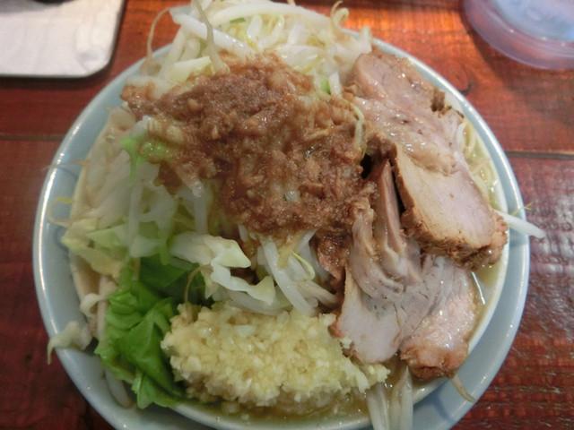 立川マシマシ - 小ラーメン 麺300g 750円。