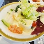 ダイニング ひなた - サラダ的な物